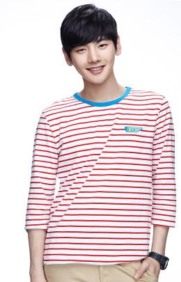 白+红色 清爽条纹活力T恤