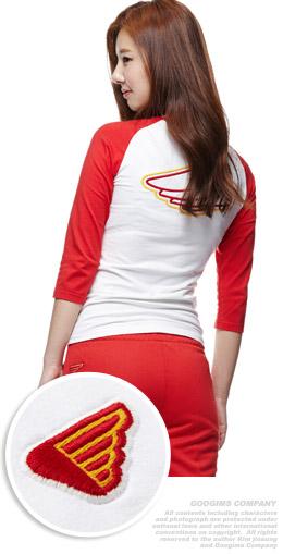 象牙+红色 领边拼色T恤