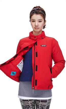 红色 休闲短款冬季外套